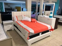 white and red bed set Houston, 77084