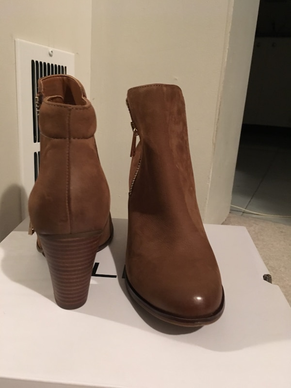 Leather brown ankle boots 701dcd27-d397-473e-bbb5-6182ff28e181