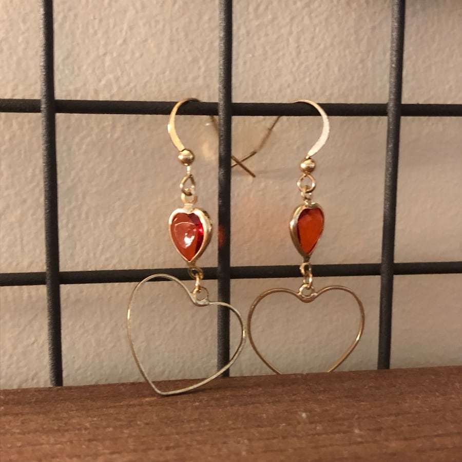 Crystal heart drop earring