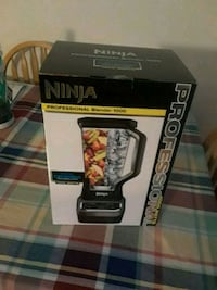 black and gray Ninja blender box Staten Island, 10304