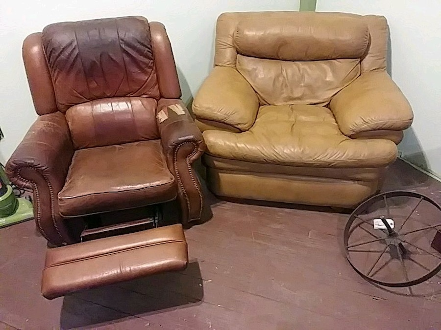 Merveilleux Leather Recliner And Wide Leather Chair For Sale In Rochester   Letgo