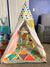Tee pee infant/toddler toy  Columbia, 21045