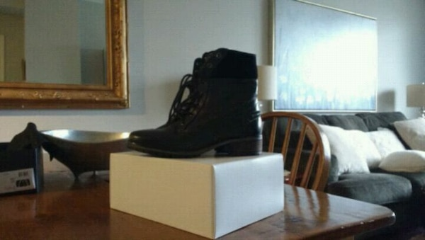 Steve Madden leather combat boots size 8