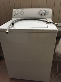White top-load clothes washer needs repair Whiting, 46394