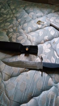black and gray hunting knife Bellevue, 68005