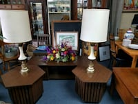 Coffee table with two end tables, 2 lamps &flowers Asheboro, 27203