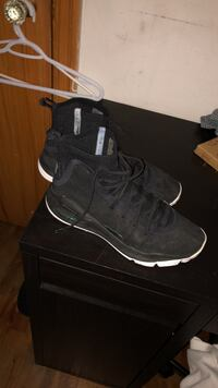 pair of black Nike Air Huarache shoes with box New Westminster, V3M 3G6