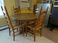 Oak round dining set Arlington Heights, 60005