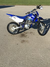 blue and white Yamaha motocross dirt bike Churubusco, 46723