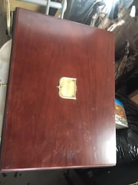 Wooden chest case with lock Mississauga