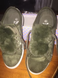 Brand new nice army green suede sneakers  size 8 1/2  double pompom so cute very soft on i Brand new nice army green suede sneakers  size 8 1/2  double pompom so cute very soft on in side also n side also  Las Vegas, 89011
