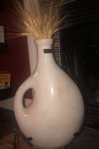 Large Ceramic Vase w/ Stand Bowie, 20716