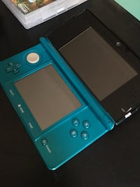 3Ds bleu brillante