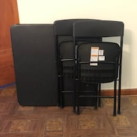 Foldable table and chairs Des Moines, 50312