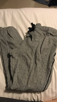 Grey joggers brand Joe size Xl 2464 km