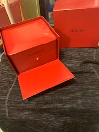 Valentino Leather Watchbox (watch not included) :) Edmonton, T6E 1L2