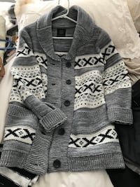 gray and white knitted cardigan Burnaby, V5C
