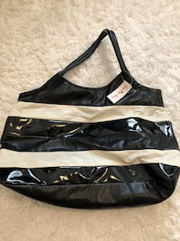 black and white leather tote bag Dearborn Heights, 48127