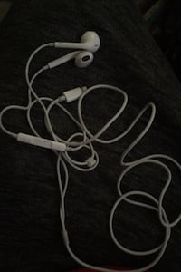 iPhone headphones  Irving, 75061