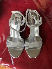 Ladies unlisted by Kenneth Cole  Vaughan, L4J 8W4