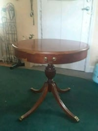 Antique table. Valued over 1200.  Retail Annandale, 22003