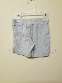 Gray shorts size 18 months  Dardanelle, 72834