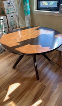 "54"" Round solid wood dining table with 4 chairs"