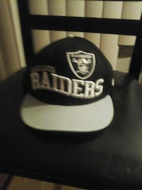 black and white Oakland Raiders fitted cap