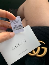 Authentic 100..% - Gucci Marmont -Small Laurel, 20707