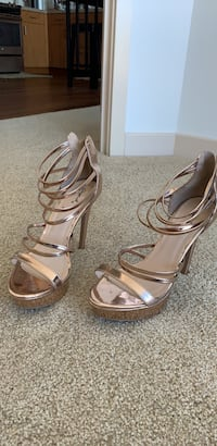 Rose Gold Heel Shoes (Size 9) by Qupid Honolulu, 96813