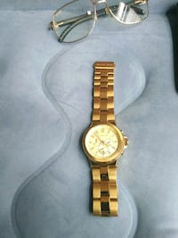 round gold chronograph watch with link bracelet Mableton, 30126