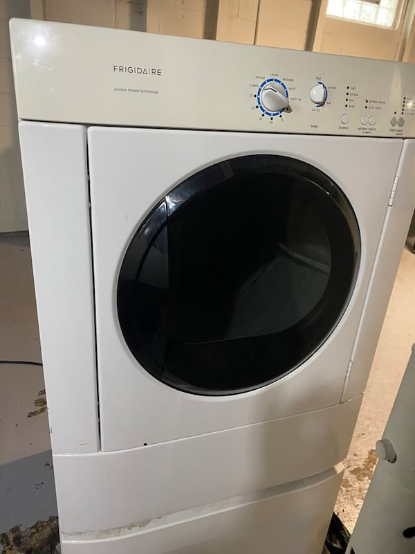 Gas Dryer 3d6c2376-0bf9-485a-bc6b-b21e0d0207d0