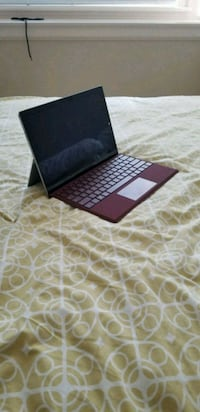 Surface Pro 3 I5 - 256 GB. Excellent condition.  Vancouver, V6L 2B8