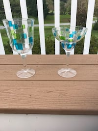 White and blue plastic wine goblets and margarita glasses - 6 of each Sykesville, 21784