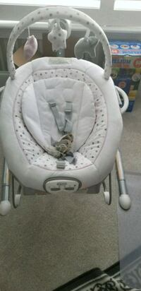 baby's white and gray bouncer Washington