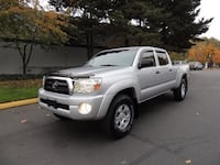 Toyota SUV silver 2005 Virginia Beach