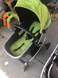 baby's black and green bouncer Modesto, 95351