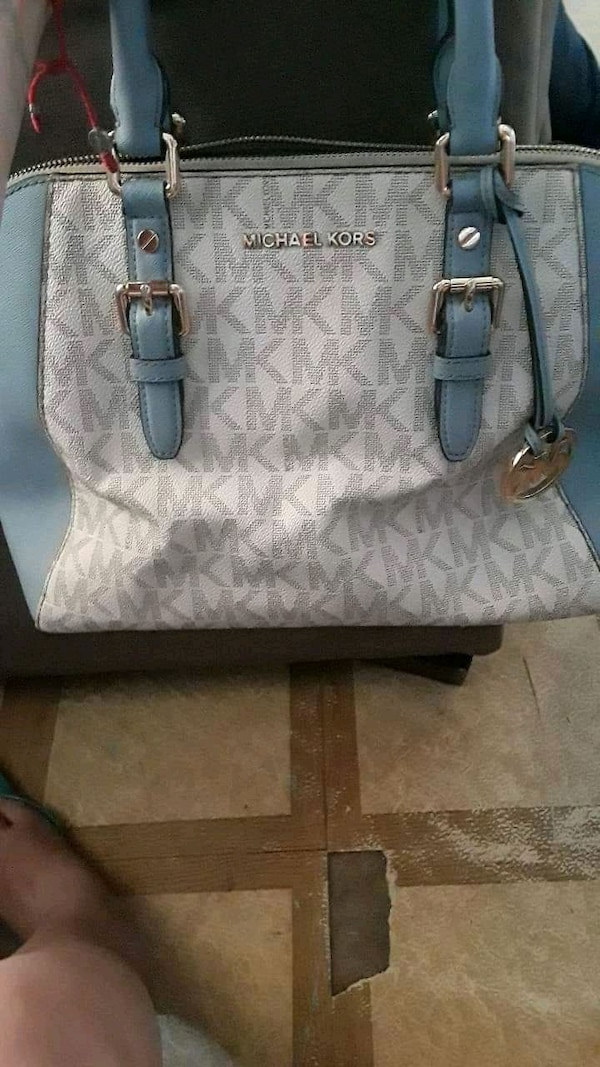 553db7ff1f86 Used and new bag in Brownsville - letgo
