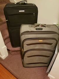 2 Used suitcases for sale  Bowie, 20716