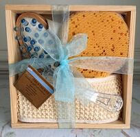 """Body Treatments"" Accessory Gift Set.."