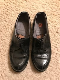 Girl's Black leather shoes in excellent condition, Size 6.5, $5 Manassas, 20112