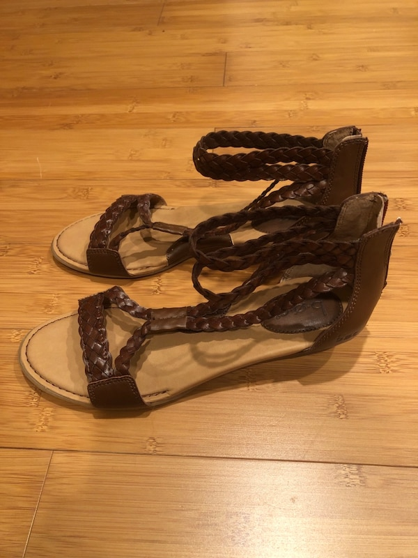 B.O.C . Womens Sandals Size 6.5-7 Strappy Braided Leather Look Shoes 87a675cd-991e-483d-b2e9-ce6f9f5ed212