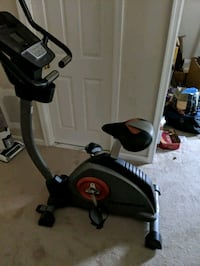 black and gray stationary bike Herndon, 20171