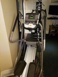 Precor EFX 5.33 Commercial Elliptical Toronto, M4X 1M7