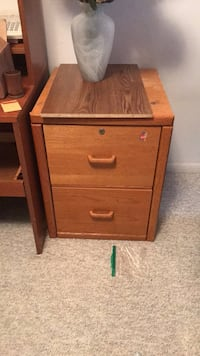 brown wooden 2-drawer nightstand Gainesville, 32606