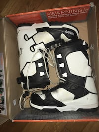 ThirtyTwo snowboard boots Scugog