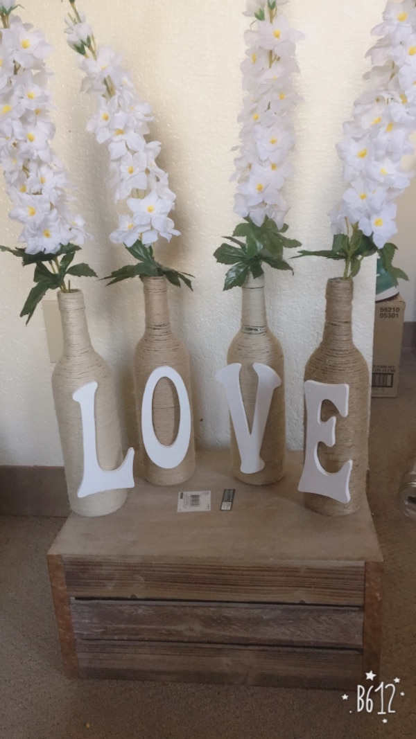 Used rustic wedding decorations for sale in calgary letgo rustic wedding decorations junglespirit Image collections