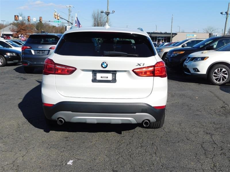 BMW X1 2016 bfd4a96d-83b3-4612-aade-c1458a8e7d21