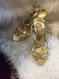 LE CHATEAU luxury gold high heels sandals Vancouver, V6E 1N6
