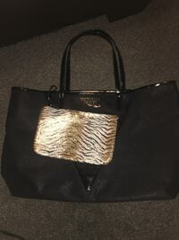 Vs bag  Akron, 44301